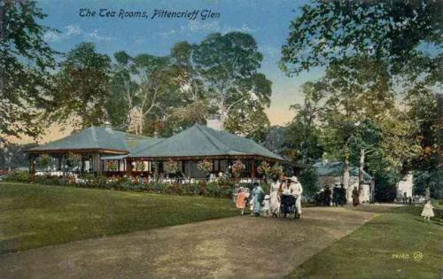 Dunfermline, The Tea Rooms Pittencrieff Glen