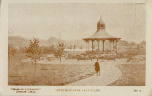 Kirkcaldy, Beveridge Park Bandstand 0009 (MS)