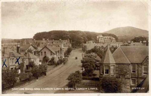 Lundin Links, Station Road and Lundin Links Hotel