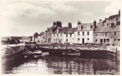 Pittenweem, Mid Shore Fishing Boats Houses - eBay